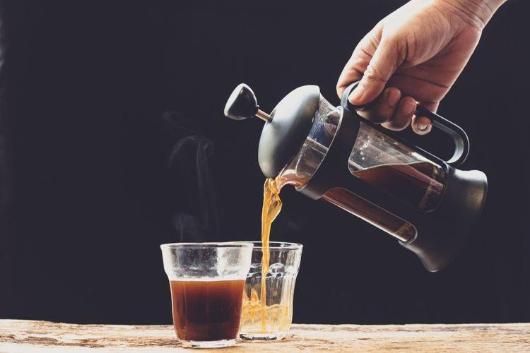 Spôsoby prípravy kávy a čaju vo french press kávovare – vhodná káva, čaj, cena