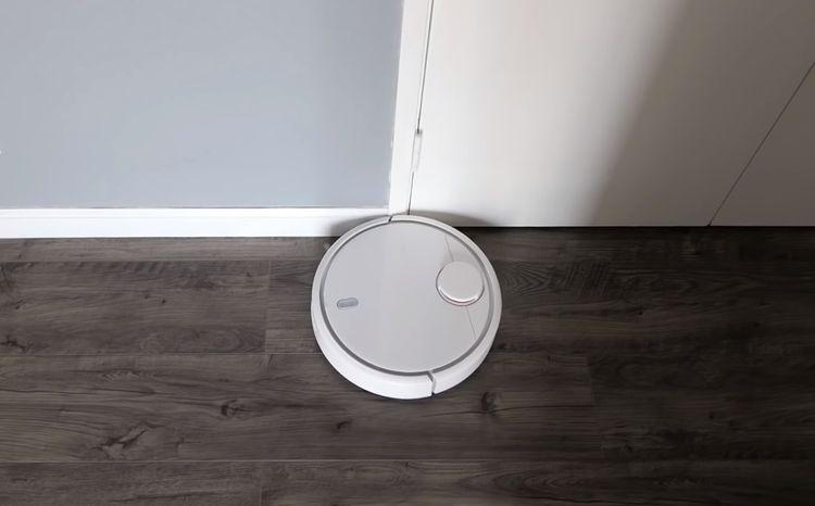 Xiaomi Mi Robot Vacuum disponuje detektorom múrov