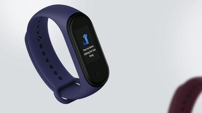 Upozornenie k pohybu na fitness náramku Xiaomi Mi Band 4