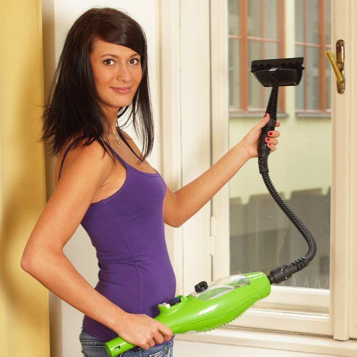 ČIstenie okien s parným čističom Maxxx 5v1
