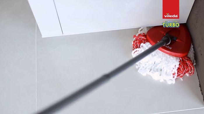 Trojuholníkový mop Vileda Easy Wring & Clean Turbo