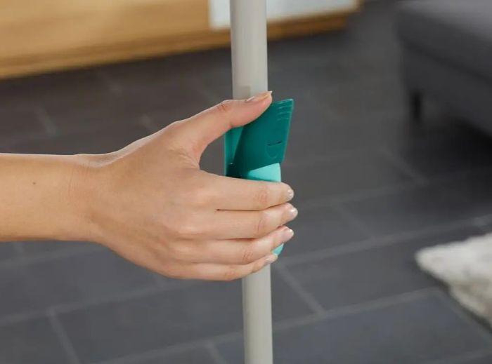 Nastaviteľná dĺžka tyče a rotačný systém priamo v držadle mopu Twist System Disc