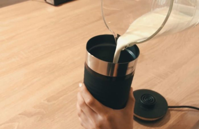 Napeňovač mlieka Klarstein Biancolatte Nero recenzia