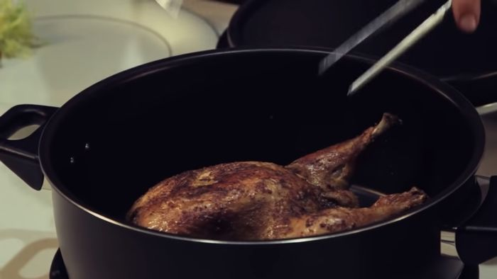 Remoska R22 Grand pečené kura