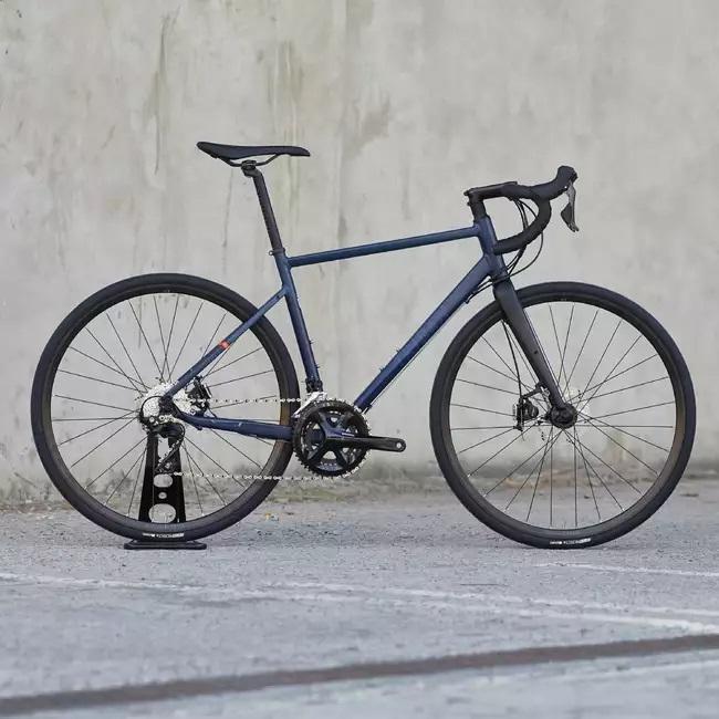 Cestný bicykel Triban RC520 recenzia