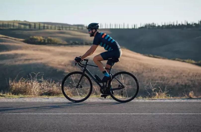 Cestný bicykel Triban RC520 test