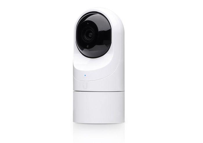 Bezpečnostná kamera Ubiquiti UVC-G3-Flex recenzia