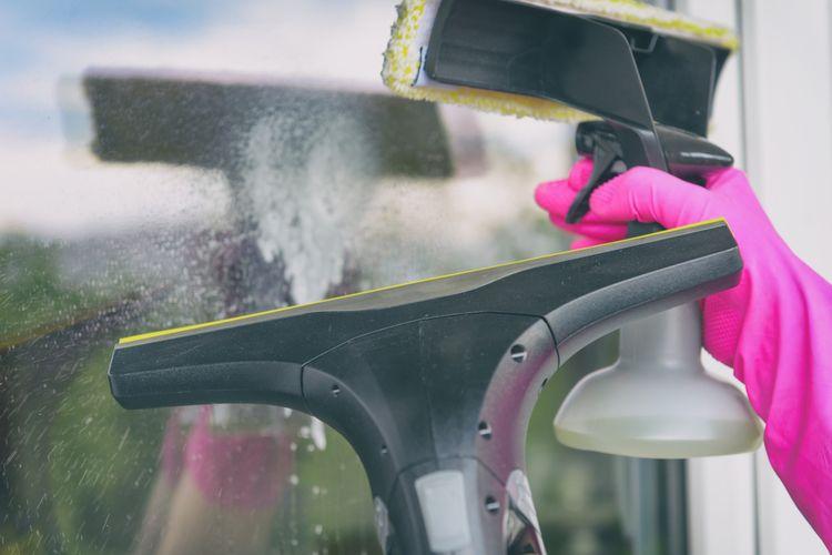 Rozprašovač a ručný čistič okien - objem nádržky