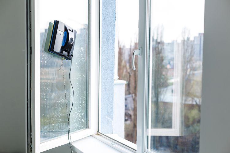 Robotický čistič okien