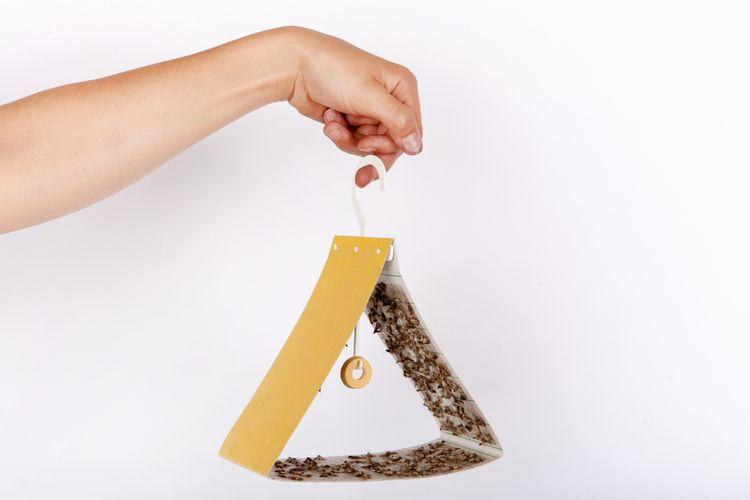 Najlepšie prípravky proti moliam v spreji ale aj lepiace pásky
