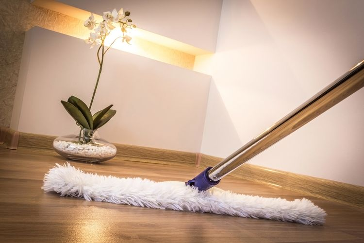 Plochý mop na podlahu s návlekom