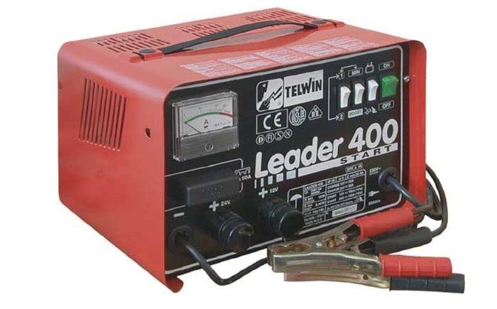 Nabíjačku autobatérií Telwin Leader 400 Start môžete použiť aj ako pomocný štartovací zdroj