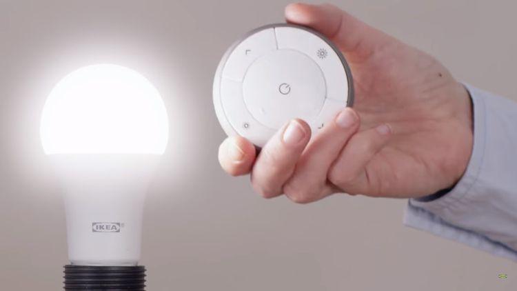 Bezdrótový ovládať inteligentného osvetlenia