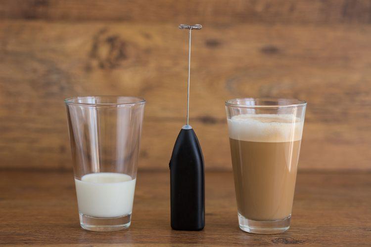 Elektrický napeňovač mlieka