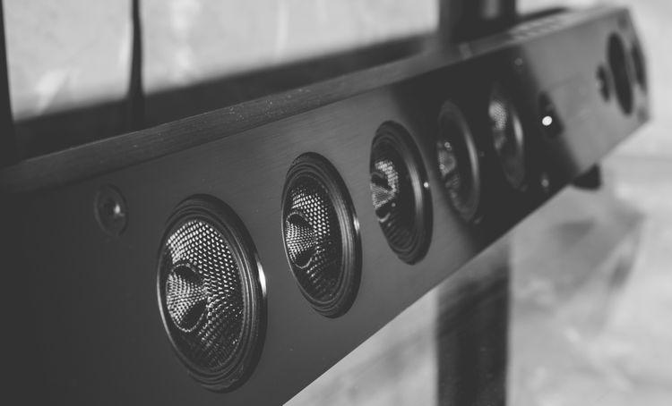 Je soundbar lepší ako domáce kino?