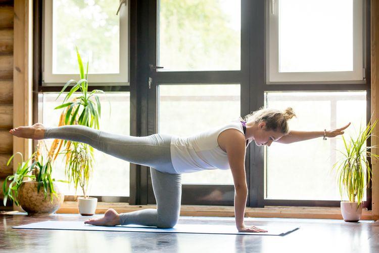 Cvičenie na fitness podložke