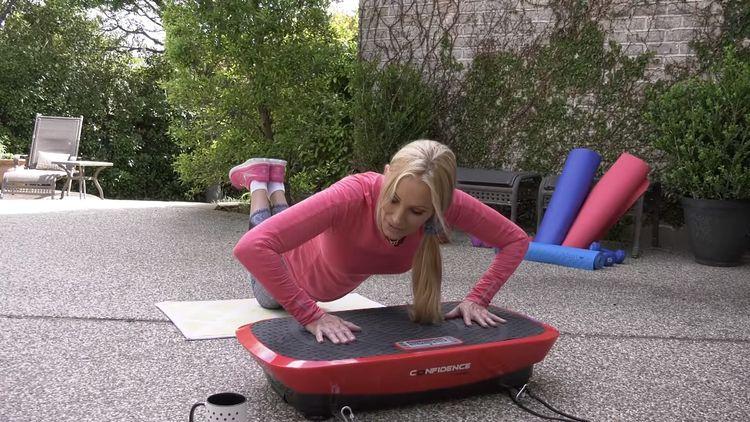 Cvičenie na vibračnej plošine - kľuky