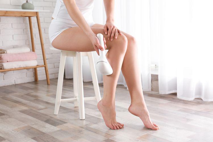 Epilácia nôh pomocou IPL epilátora