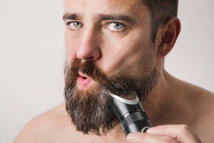 Skracovanie brady so zastrihávačom