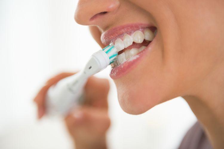 Elektrická zubná kefka – ako vybrať sonickú zubnú kefku?