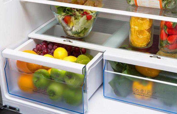 Hisense RS670N4AC1 zásuvky na zeleninu a ovocie