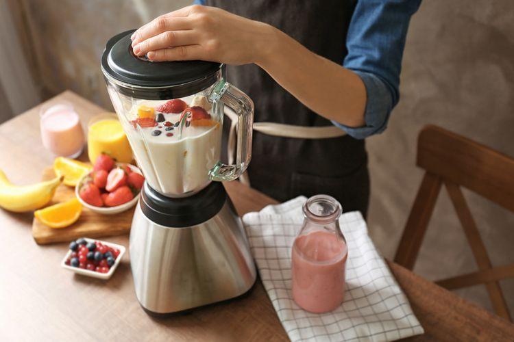 Príprava smoothie v stolnom mixéri