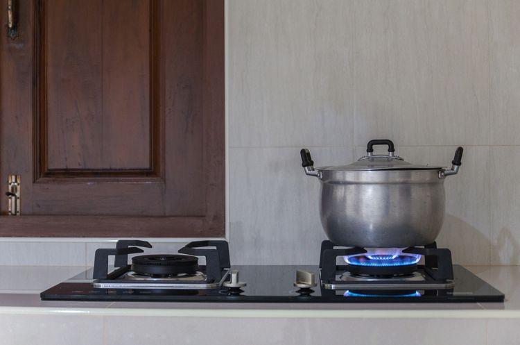 Je varenie na plynovej varnej doske lacnejšie?