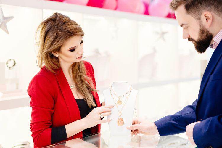 Ako vybrať darček pre ženu?