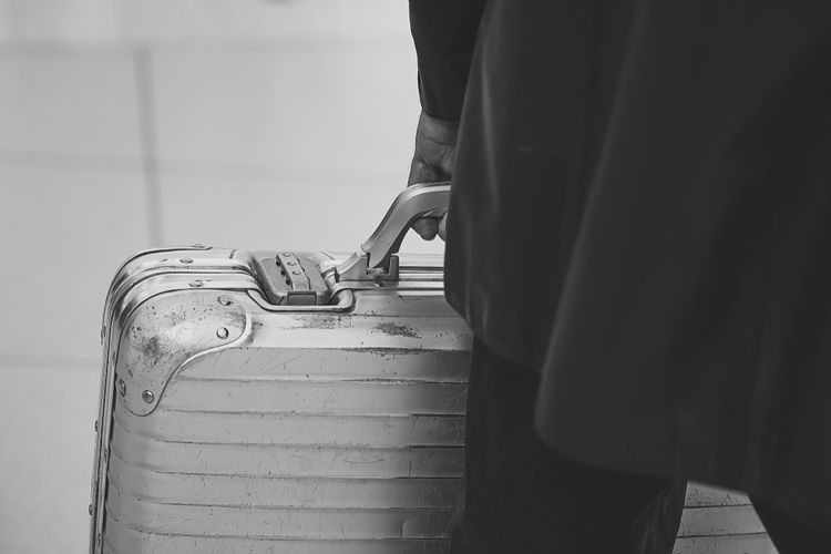 Hliníkový cestovný kufor