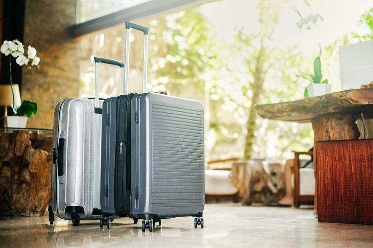 Škrupinový (plastový) cestovný kufor