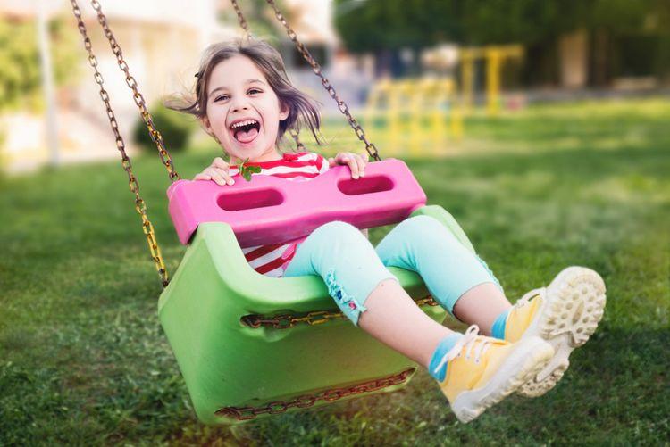 Hojdačka pre deti na záhradu