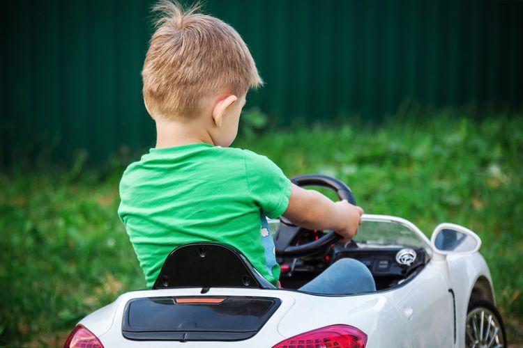Biele elektrické autíčko pre 1 dieťa
