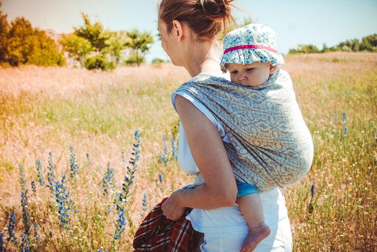 Śatka s univerzálnou veľkosťou na nosenie detí