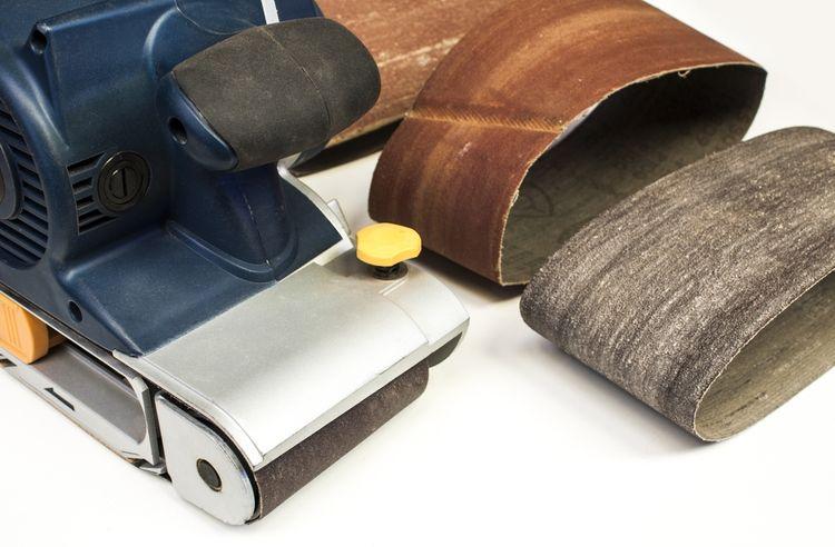 Brúsne papiere k pásovej brúske