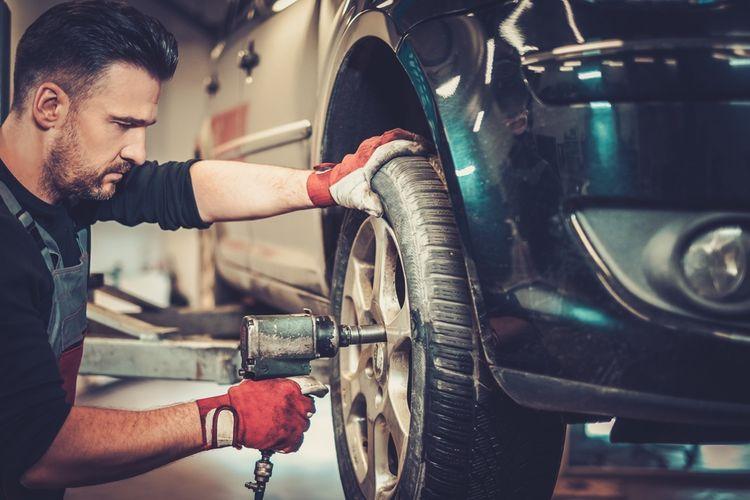 Výmena starých pneumatík za nové