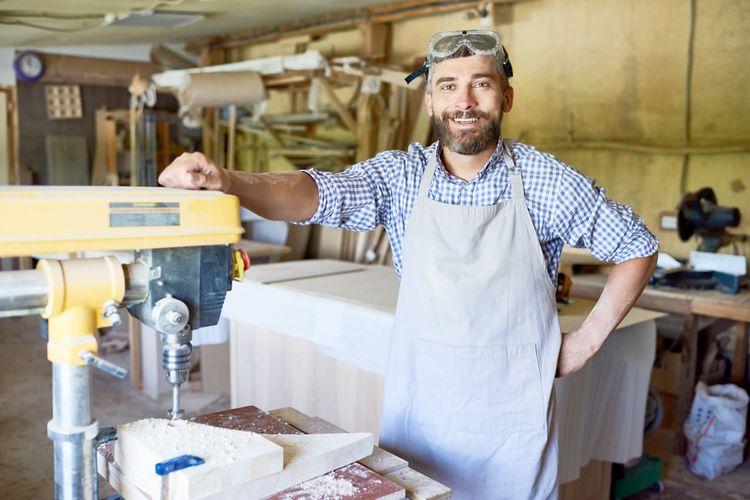 Prečo si kúpiť stojanovú vŕtačku