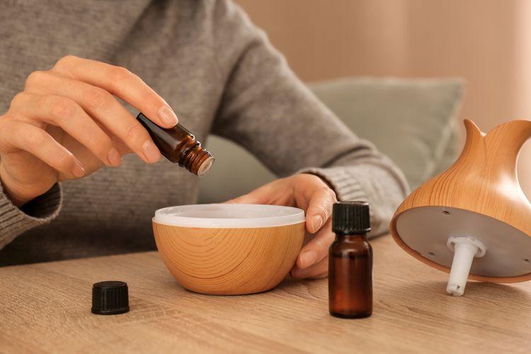 Plnenie aróma difuzéra esenciálnym olejom