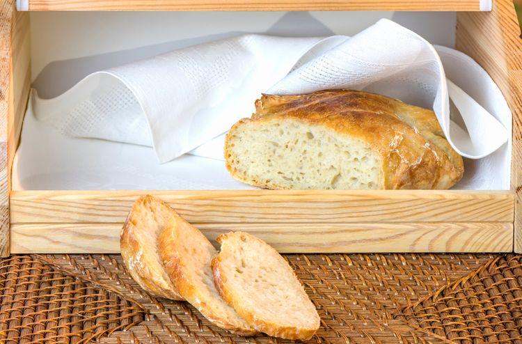 Chlieb vydrží dlhšie ako ostatné pečivo