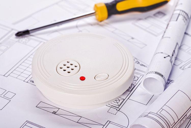 Montáž detektora dymu