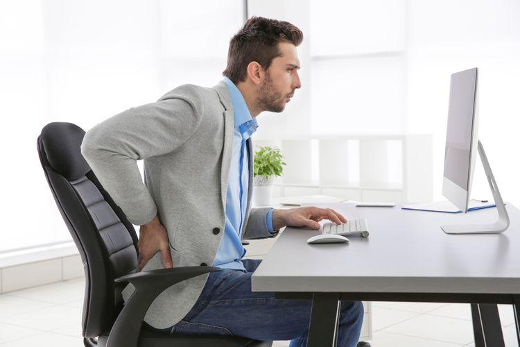 Zdravotná kancelárska stolička pri problémoch s chrbtom