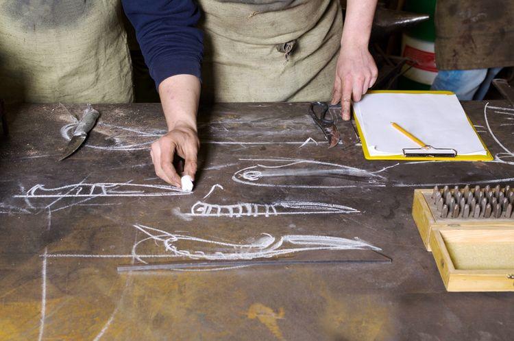 Návrh dizajnu kovaného noža
