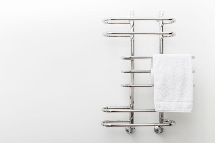 Nerezový dizajnový radiátor do kúpeľne