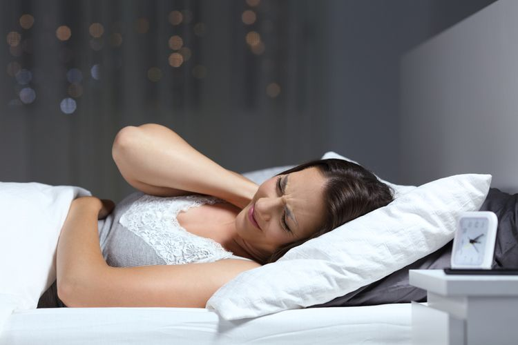 Spánok na zlom matraci
