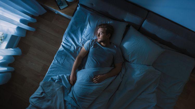 Vhodný vankúš na spánok na chrbte