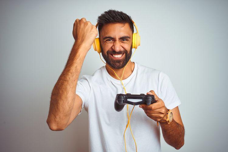Gamepad so vstupom pre headset