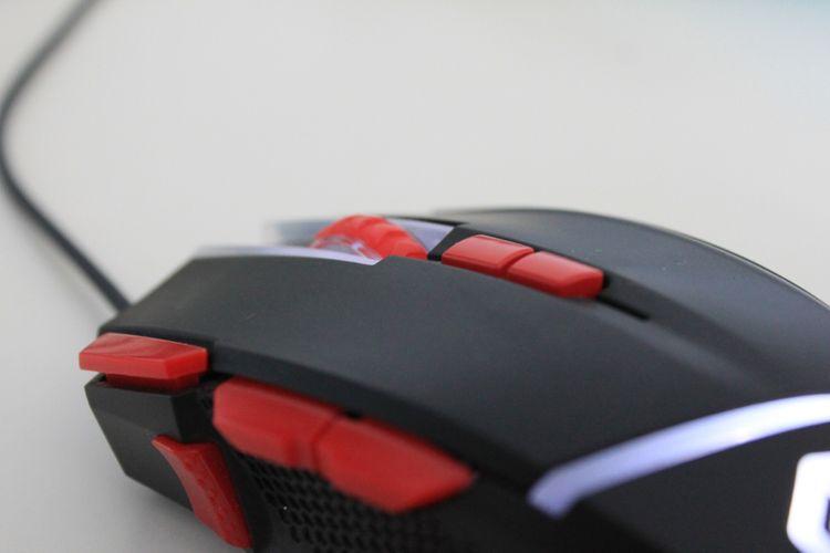 Programovateľné tlačidlá hernej myši