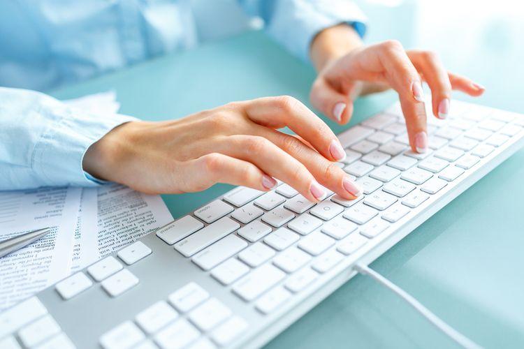Štandardná klávesnica k PC vhodná do kancelárie