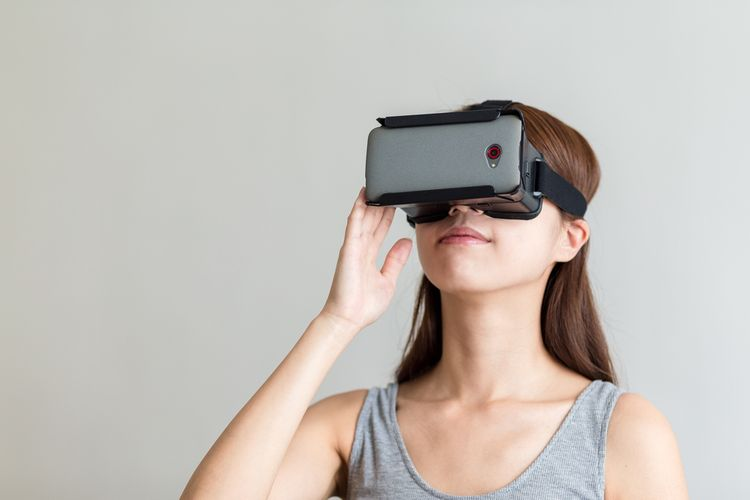 VR okuliare kompatibilné s mobilným telefónom