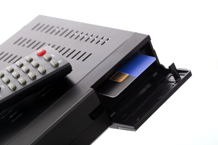 Set-top box čítačka dekódovacích kariet