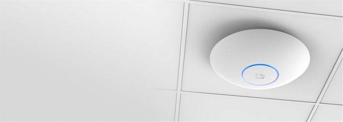 WiFi extender Ubiquiti UniFi UAP-AC-LR
